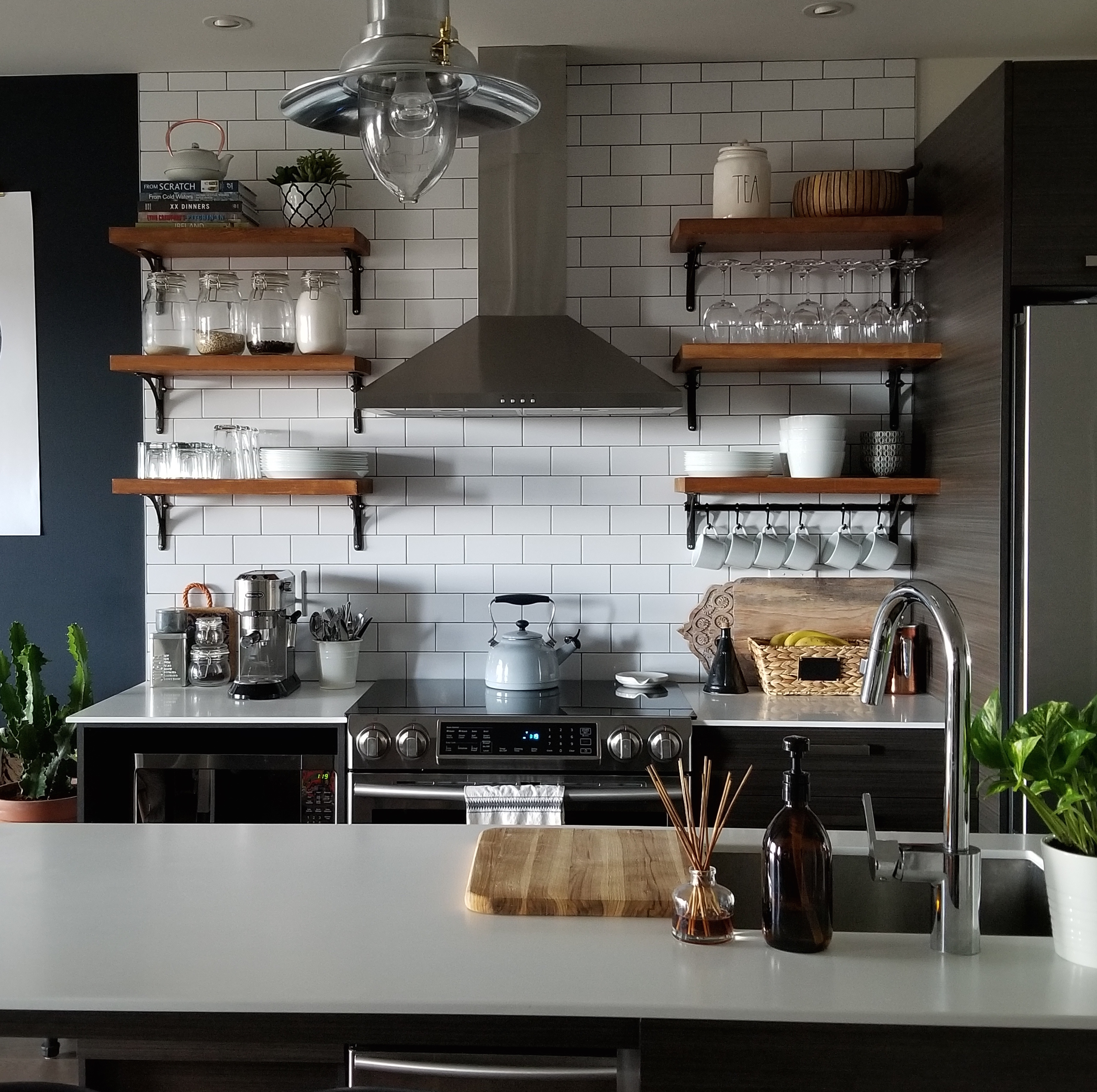 Open Kitchen Shelves Instead Of Cabinets: Small Space Living: 5 Design Mistakes You Should Avoid
