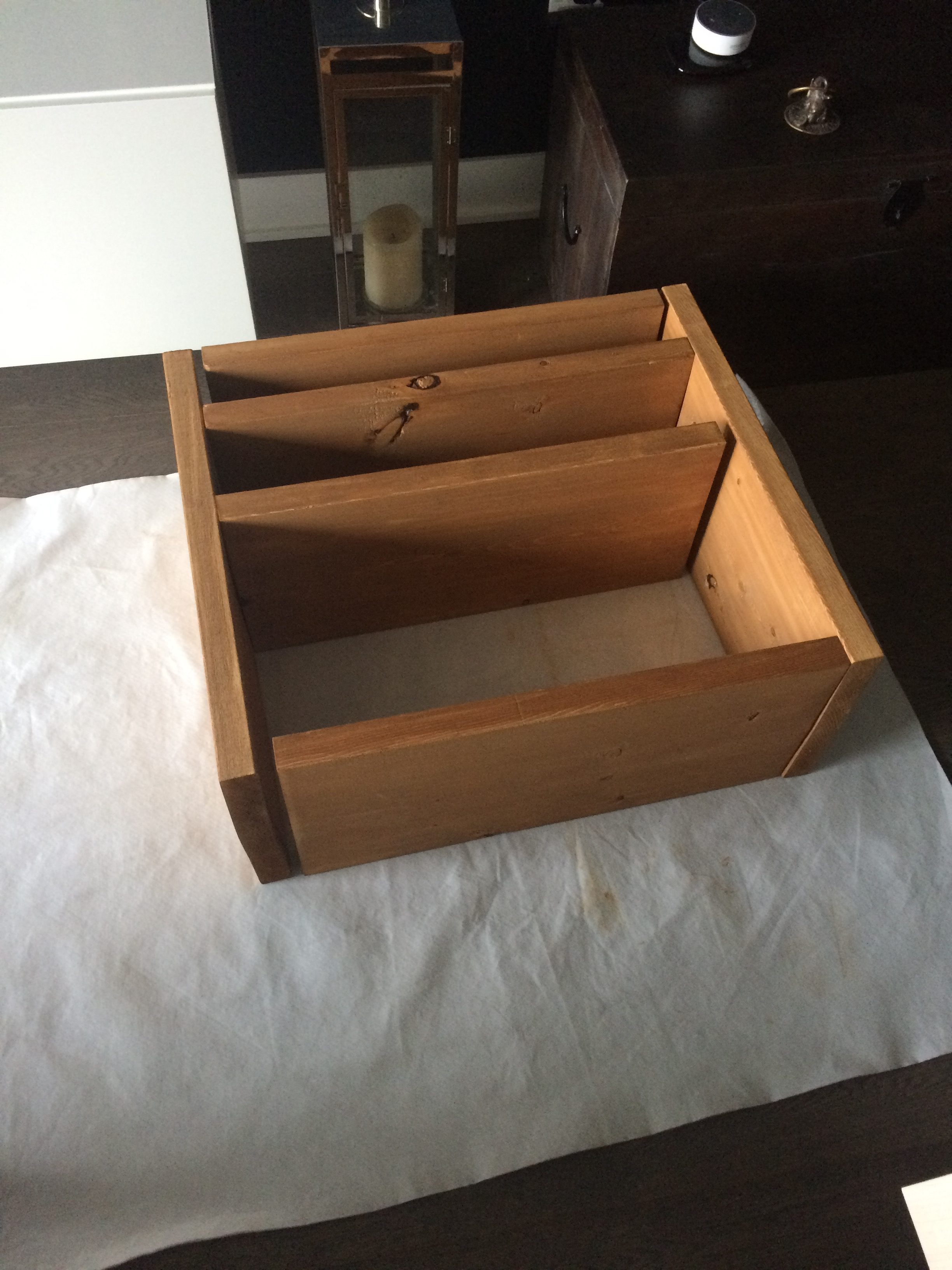 Stained open kitchen shelves