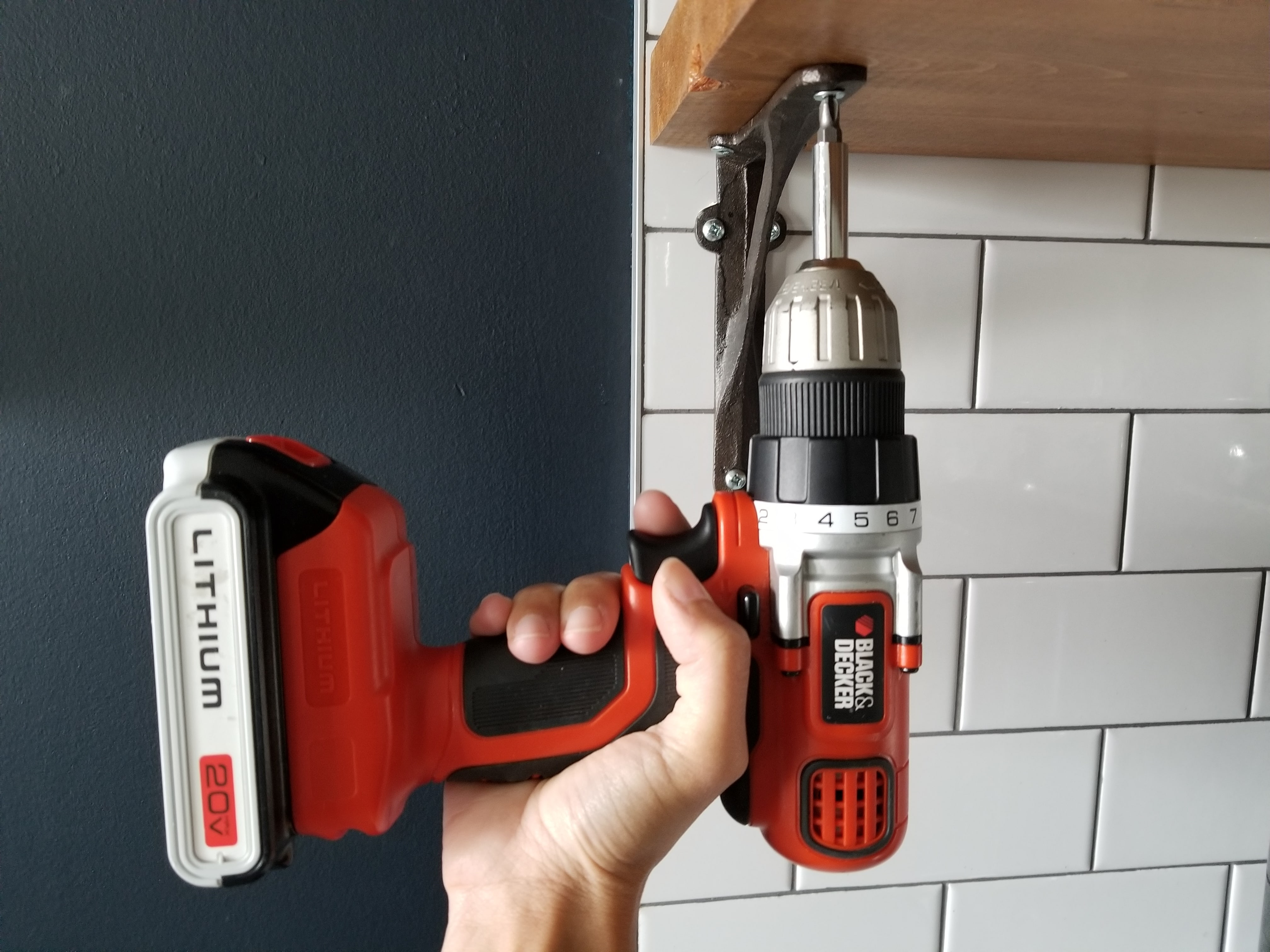 Drill kitchen shelf