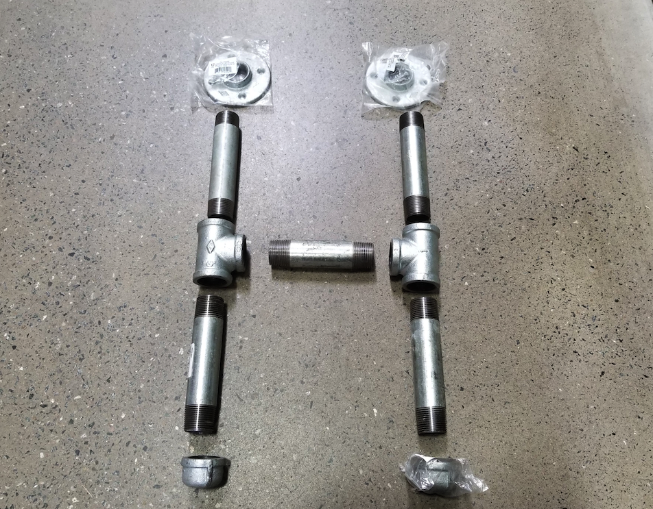 industrial pipe leg assembly