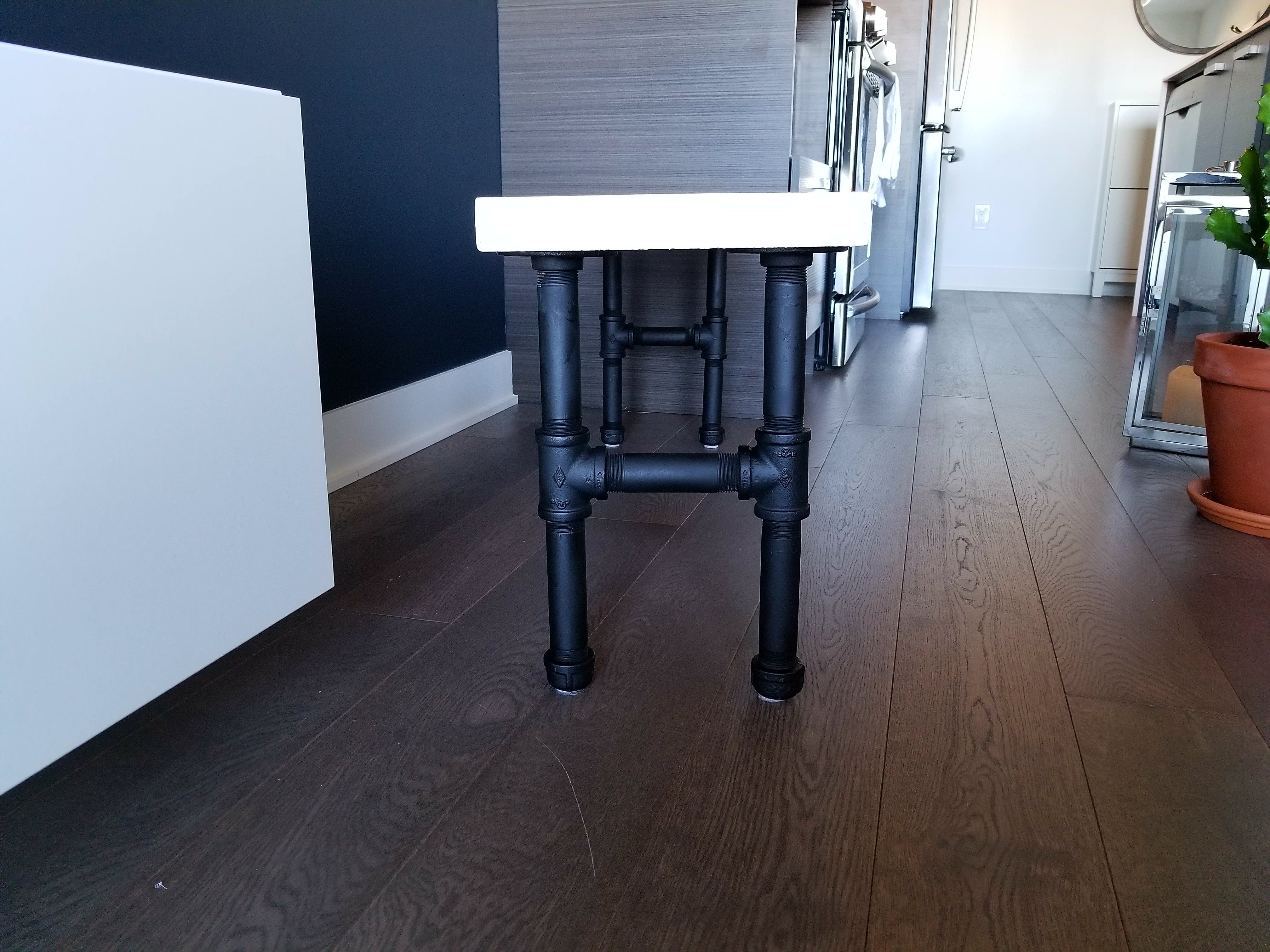 Black pipe legs bench