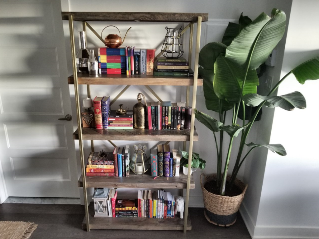 Shelving ideas how to decorate wooden bookshelf
