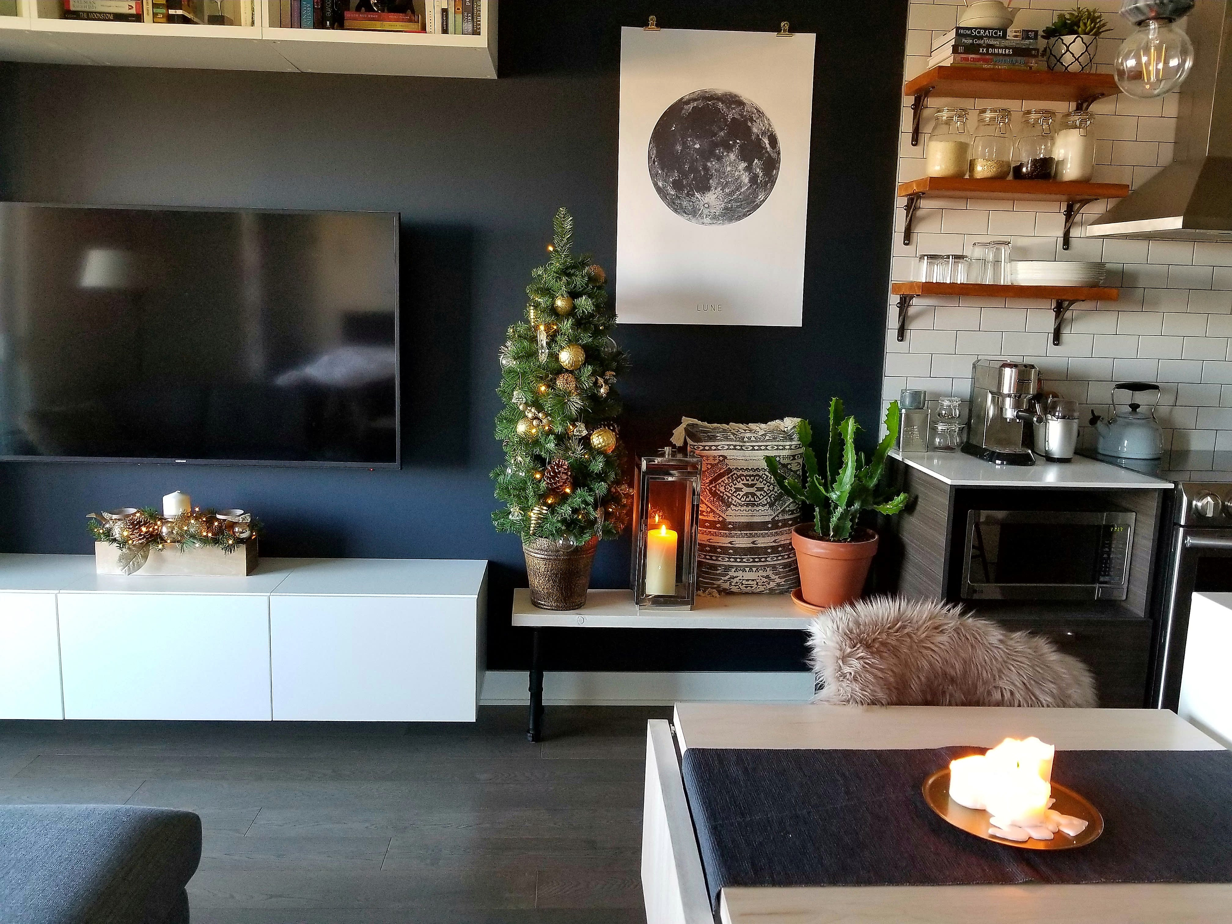 5 easy holiday decorating ideas for small spaces