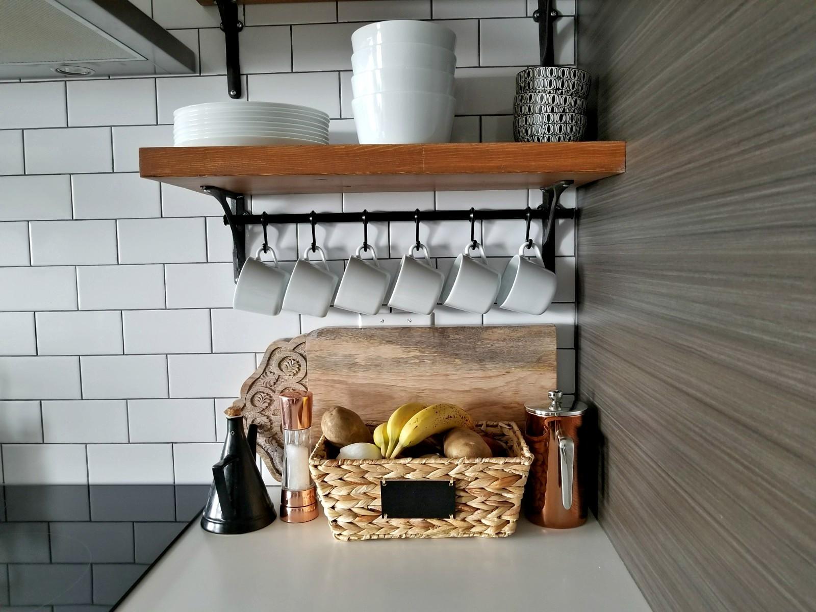 Kitchen organizers mug hangers